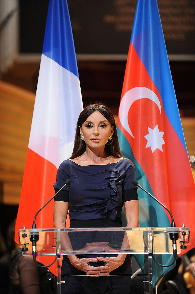 Красавица вице-президент Азербайджана: образы Мехрибан Алиевой