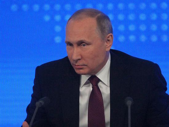 Затишье в общении Путина и Трампа объяснили в Кремле