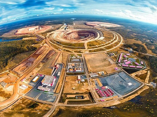 «Грибное» место: как назовут самый большой алмаз Европы?