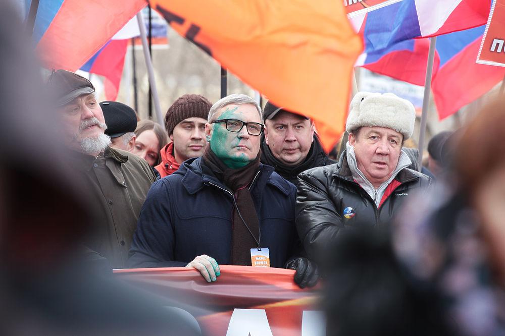 """Сразу в нескольких крупных городах России прошли """"Марши памяти Немцова"""", приуроченные ко второй годовщине со дня его смерти."""