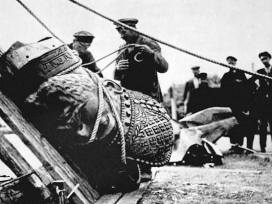 Путин и призрак революции: почему в России может повториться 1917 год