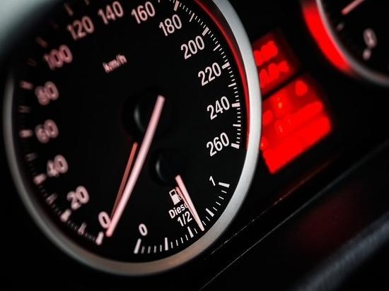 Полиция проведет проверку после покатушек московского мажора на скорости 240км/ч