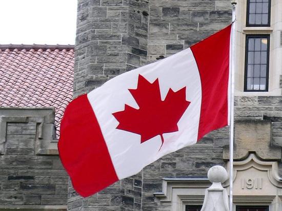 Российское посольство осудило решение Канады продлить военную помощь Украине