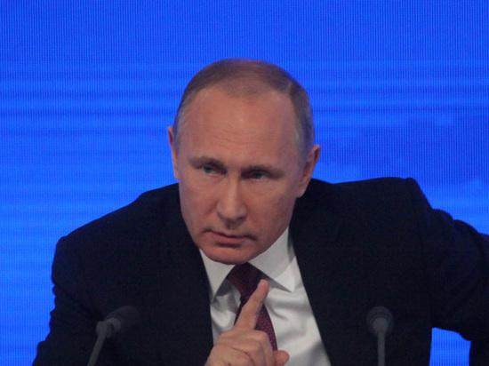 Путин пообещал поднять зарплаты врачей к 2018 году до 200%
