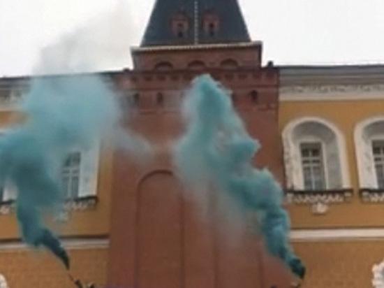 «Не было никаких проникновений»: ФСО отрицает акцию феминисток в Кремле