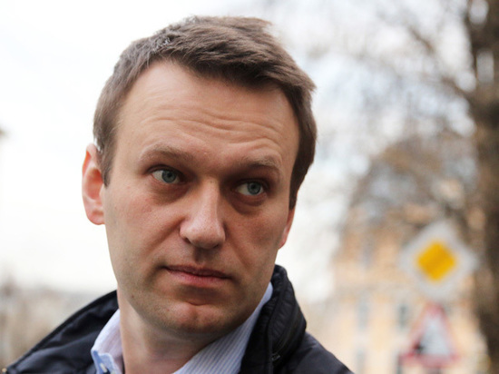 Расследованию Навального о Медведеве помешали женщины