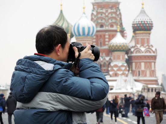 «Пушкин приехал из Африки»: московских гидов научат работать с китайцами