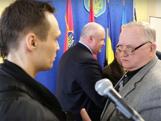 Украинского генерала ударили в лицо из-за спора о георгиевской ленте
