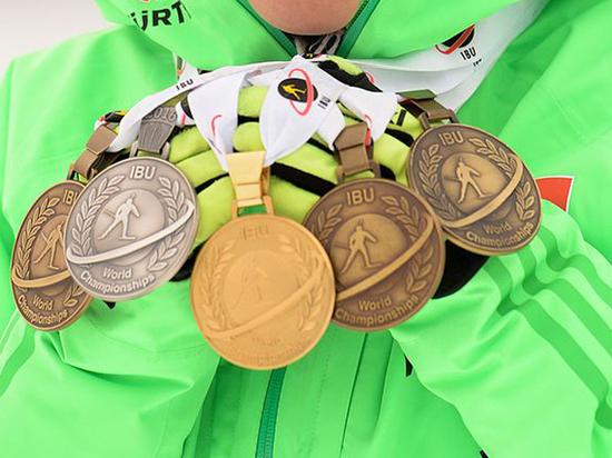 Закрытие сезона в биатлоне доверили молодым россиянам
