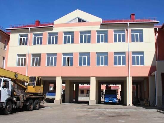 Бюджет РФ вдвое сократил финансирование строительства общеобразовательных учреждений в регионе