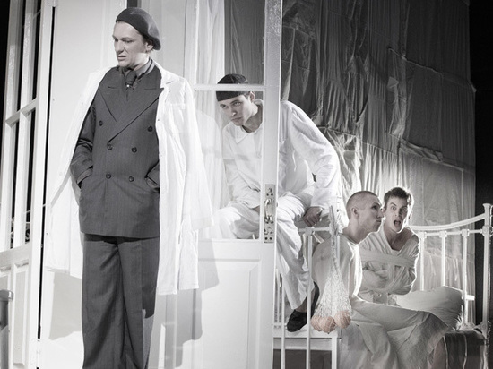 Неожиданная версия «Мастера и Маргариты»: театр Женовача впал в безумие