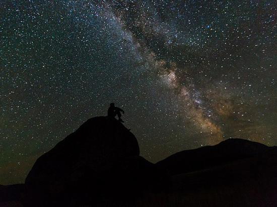 Астрофизики подсчитали количество черных дыр в Млечном пути