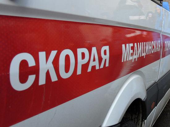 Коммунальщики обвинили отца в падении девочки в горячий асфальт