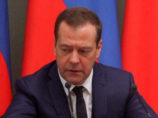 Русского премьера неуберегли, Медведев заболел гриппом