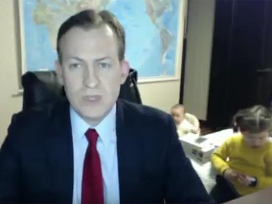 Прославившийся вторжением семьи в телеэфир эксперт: «На мне были штаны»