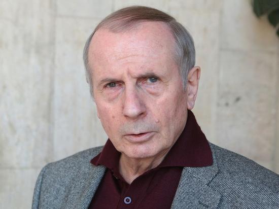 Писатель Веллер намочил ведущего «Право голоса»