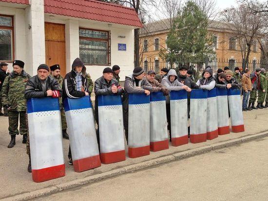 Крым отмечает три года в составе России: недовольство растет