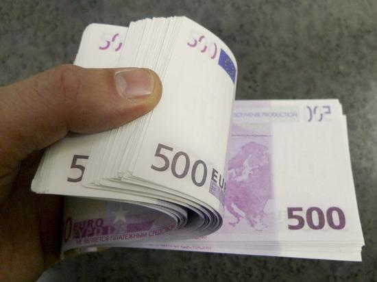 В МВД отчитались о возросших показателях взяток в России