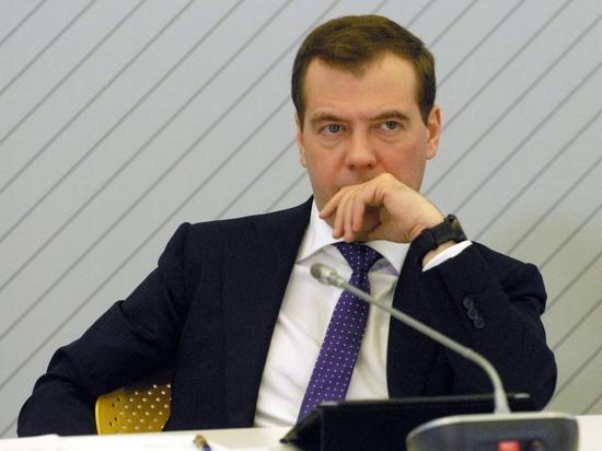 Вассерман: Медведев сам заказал Навальному расследование против себя
