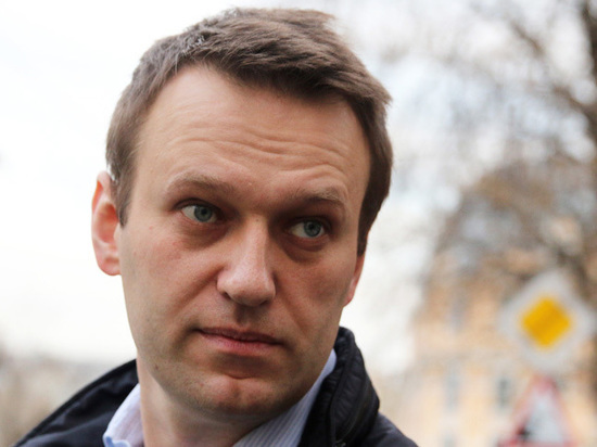 Школьника в Брянске увела с уроков полиция за поддержку Навального