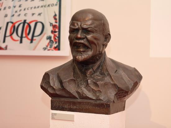 В.Мединский открыл выставку «1917. Код революции» вМузее современной истории РФ