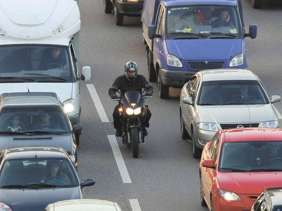 Появление мотоциклистов на дорогах весной грозит серьезными неприятностями
