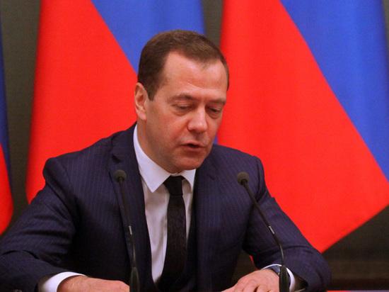 Медведев развеял слухи о своей болезни: «Да я и не болел»