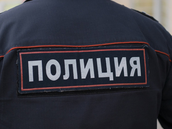 Мужчина, ударивший ножом патрульного, был судим за нападение на полицейского