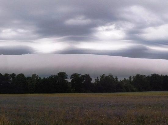 Ученые открыли новый вид облаков, сходных наволны