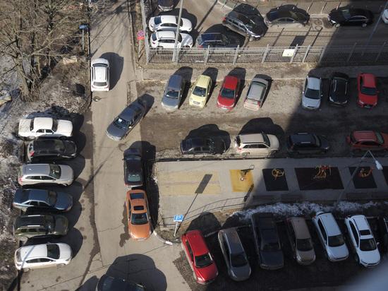 Домов без парковок больше не будет: Москва поправила градостроительный кодекс