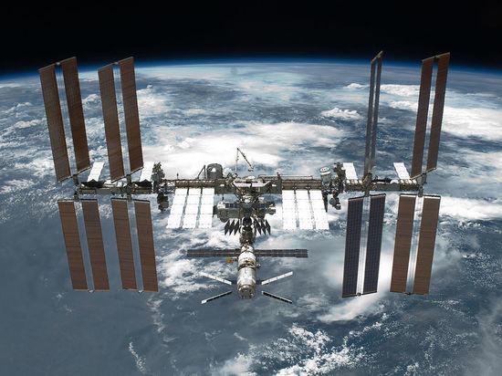 Экипаж МКС вышел воткрытый космос