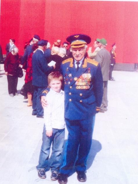 Умер старший сын легендарного сталинского наркома Микояна