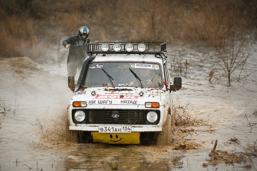 Под Волгоградом состоялась гонка на внедорожниках «Распутица»