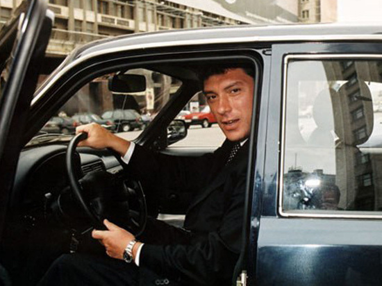 Война Немцова с «Газпромом»: «Обещали поддержать как кандидата в президенты»