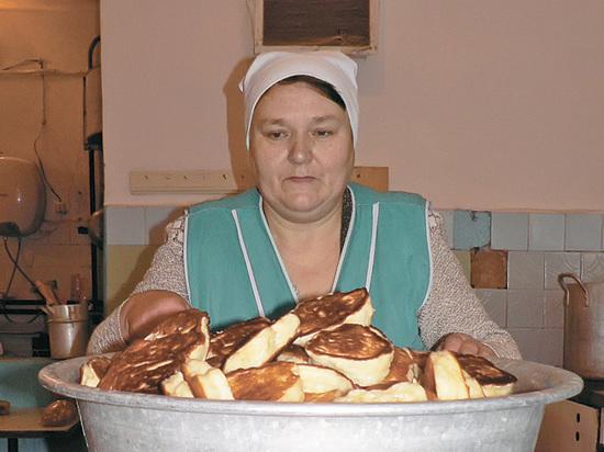 Депутаты Мосгордумы обсуждают возможность введения школьного питания по религиозным стандартам