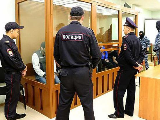 Обвиняемый в убийстве Немцова решил жениться в СИЗО
