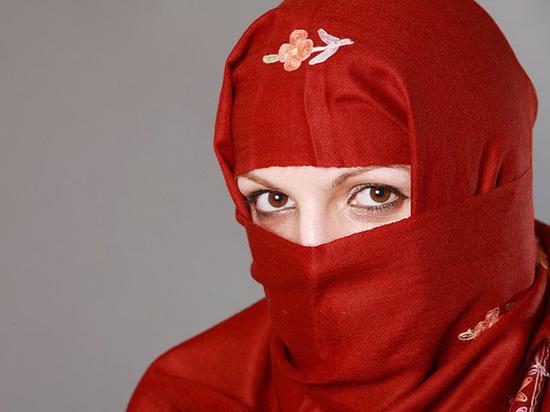 Кадыров прав: мордовским учительницам разрешили носить хиджабы