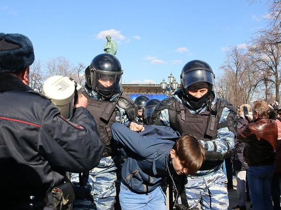 Навальный поймал в сети мальков: почему тысячи детей вышли протестовать