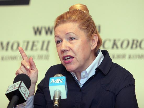 Мизулина назвала опасными школьные обсуждения борьбы с коррупцией вместо патриотизма