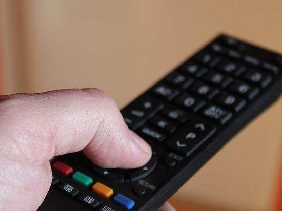 «Деды какие-то из ящика»: телевизор на фоне протестов устаревает