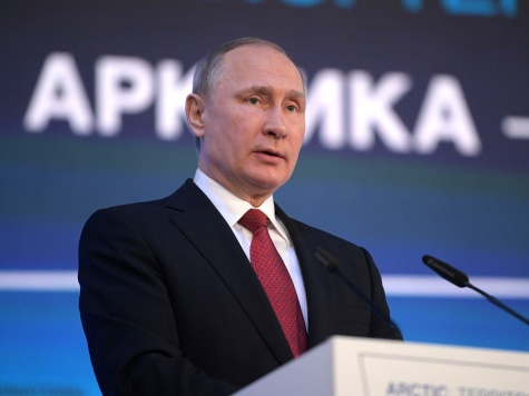 «Ошибка резидента» Путина: американский ведущий вынудил его комментировать митинги