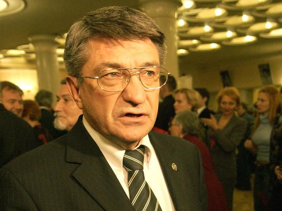 """Песков ответил Сокурову, напомнившему на """"Нике"""" про осужденного Сенцова"""