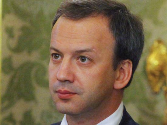 Дворкович разрешил торговать по ночам