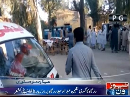 В Пакистане сошедший с ума смотритель храма зарезал 20 прихожан