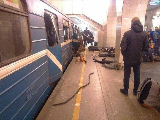 Петербуржцы рассказали о чудесном спасении от теракта в метро