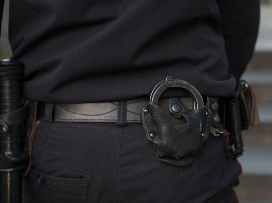 В Москве осужден участковый, который «сливал» данные криминалитету