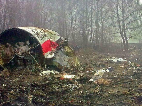 Польша обвинила российских диспетчеров в провокации крушения самолета Качиньского
