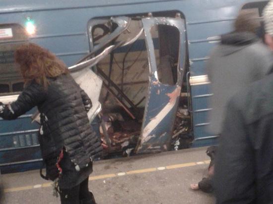 """""""Пробовали выбить ногами окна"""": пострадавшие от петербургского теракта описали ад"""