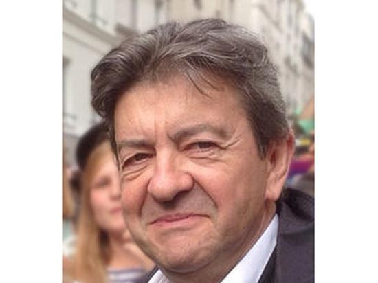 Сюрприз французских теледебатов: аутсайдер Меланшон оттеснил Ле Пен и Макрона