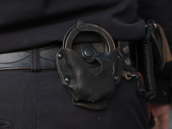 В Москве мужчина прибежал в полицию, чтобы зарезать жену